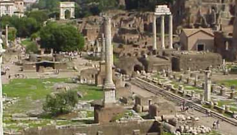 Per grandi e bambini rievocazione storica della vita quotidiana dei Romani