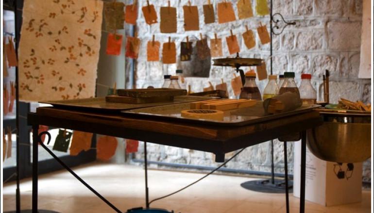 Come si fa la carta laboratorio e visita guidata alla ex Cartiera Latina