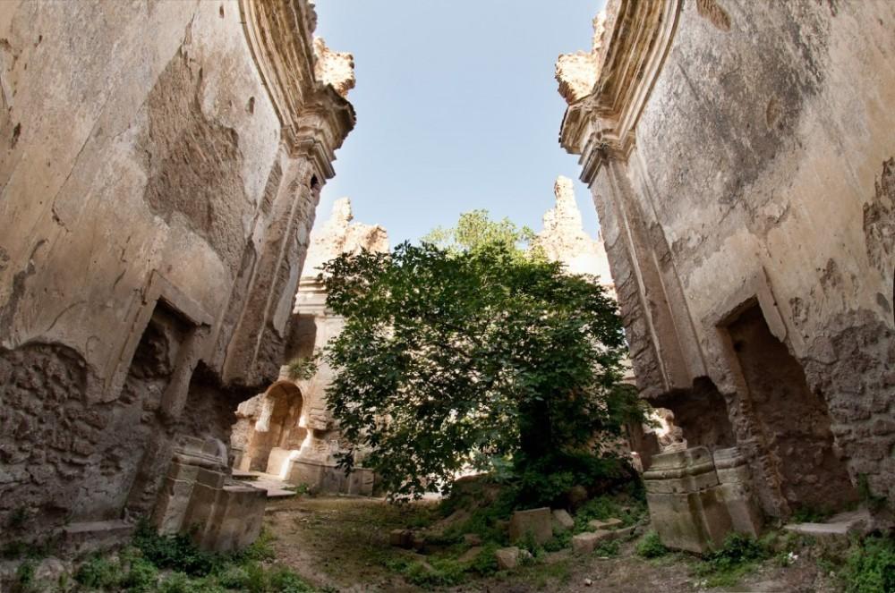 alla-scoperta-delle-rovine-di-monterano-1024x679