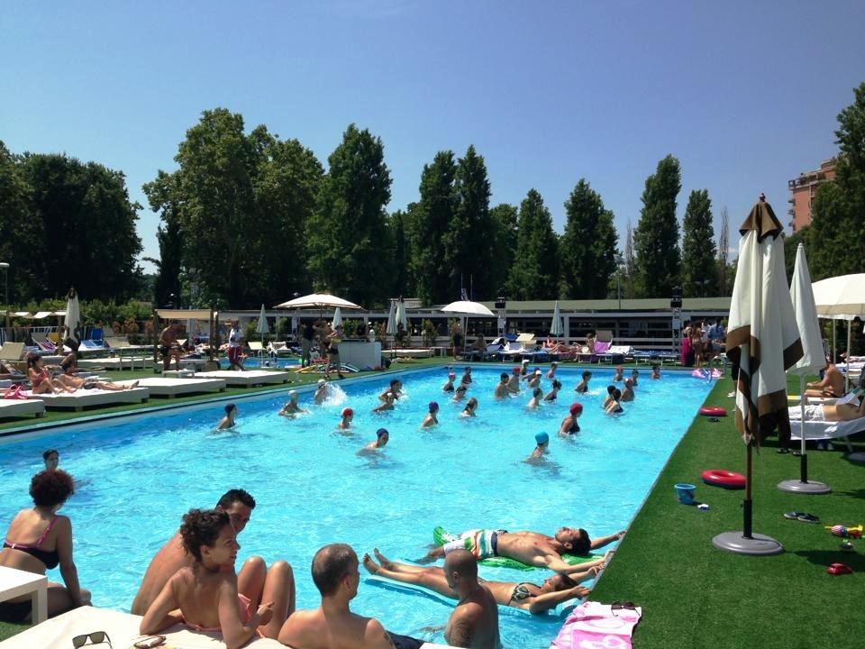 Tiky fun pool le piscine per famiglie a roma nord - Piscina bambini roma ...