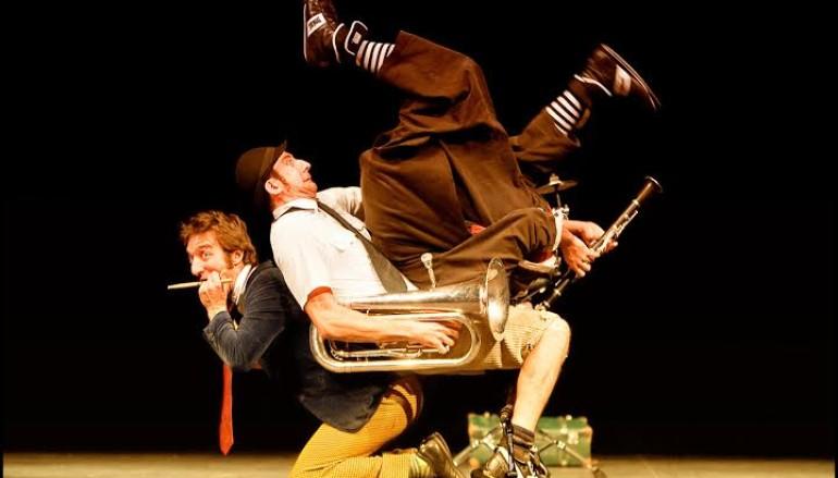 Teatro necessario in Clown in Libertà – Family show al Teatro Vittoria