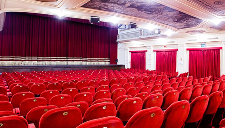 Spettacolo teatrale con musica dal vivo, dai 3 ai 10 anni al Teatro Sala Umberto