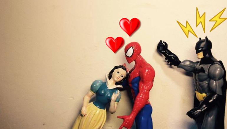 """Al Teatro Biblioteca Quarticciolo """"A Biancanave piace Spiderman e Batman si arrabbia"""""""